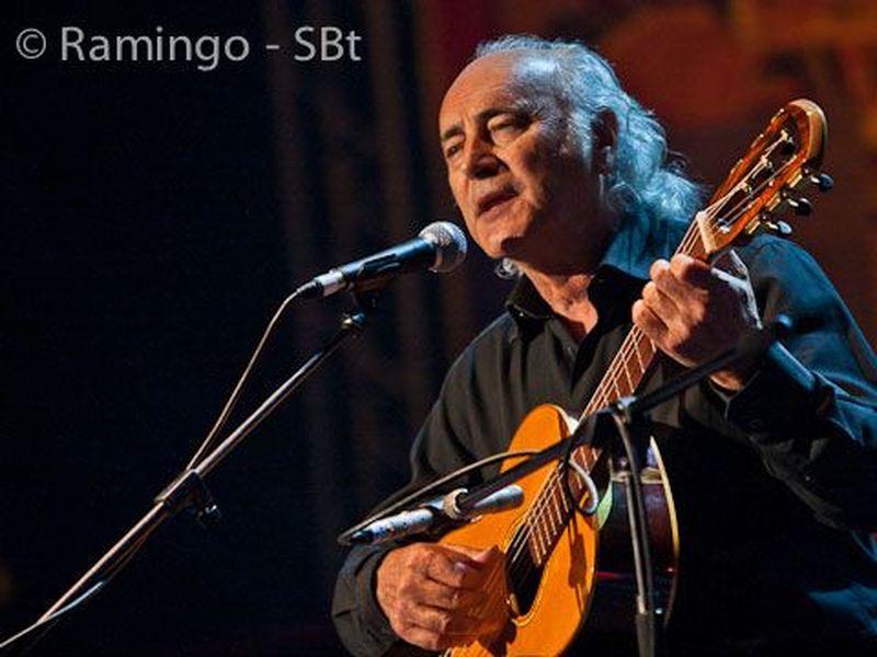 13 Novembre 2010 - Teatro Ariston - Sanremo (Im) - Amancio Prada in concerto