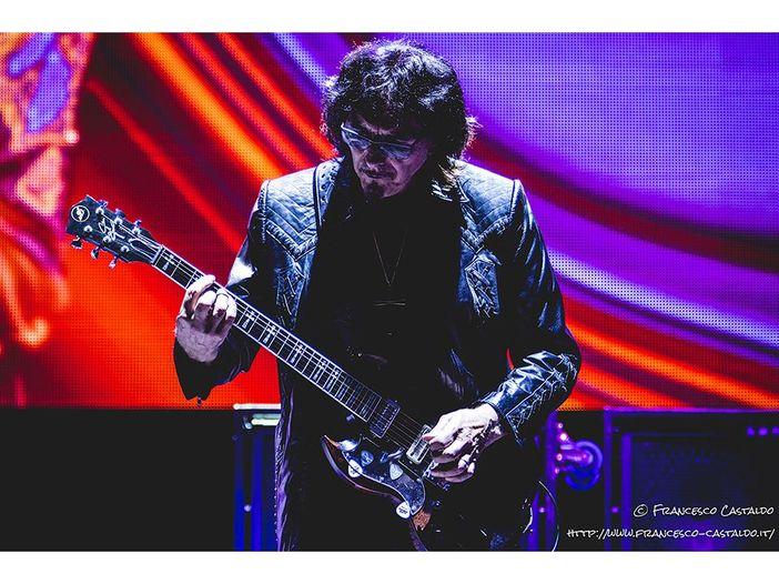 Tony Iommi, la gente identifica i Black Sabbath con 'Paranoid'