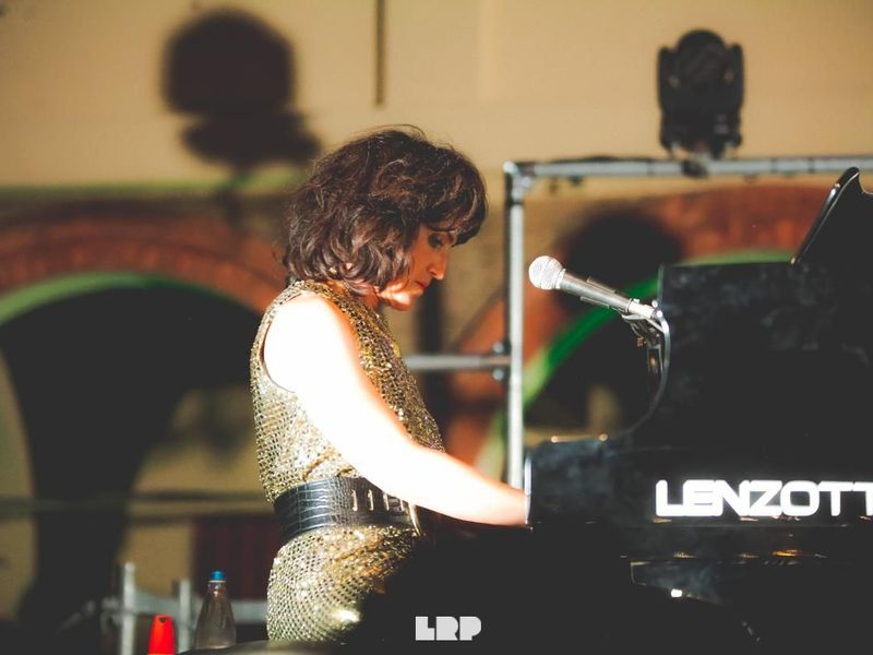 19 giugno 2019 - Botanique - Bologna - Joan As Police Woman in concerto