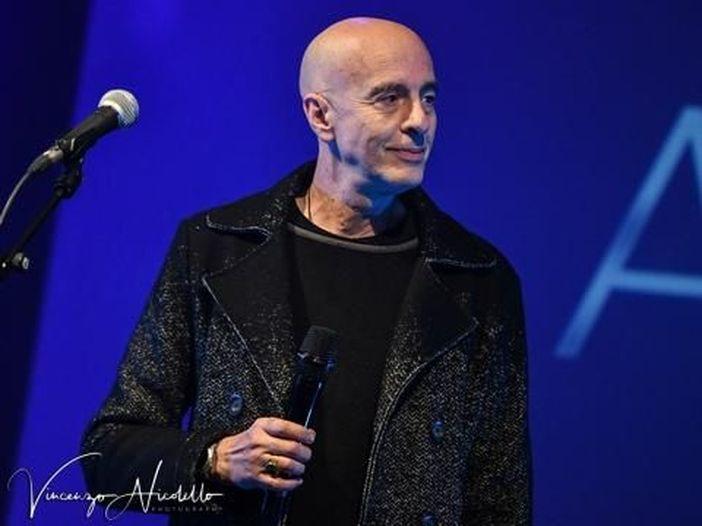 """Massimo Cotto, è uscito il nuovo libro """"Decamerock"""""""
