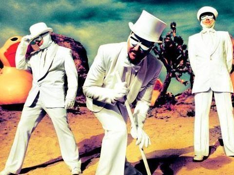 Concerti, i Primus tornano in Italia: la nostra intervista a Les Claypool