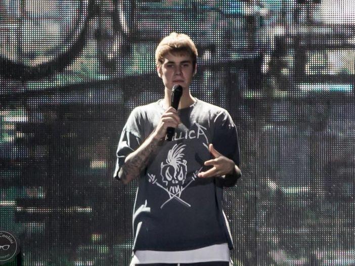 Natale: Justin Bieber suona a scuola. 'Indimenticabile'