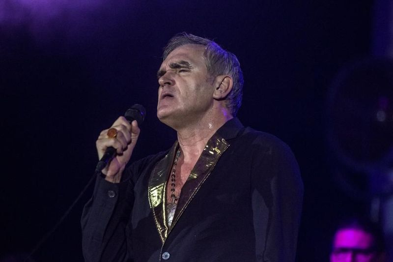 "Morrissey ai fan: ""Vi supplico, pregate per mia madre"""