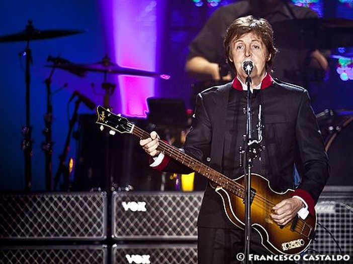 Paul McCartney, il nuovo singolo è 'Fuh You' - ASCOLTA