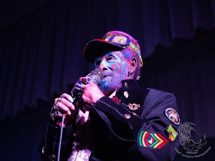 Lee 'Scratch' Perry, andati in fumo i suoi studi discografici in Svizzera - GUARDA