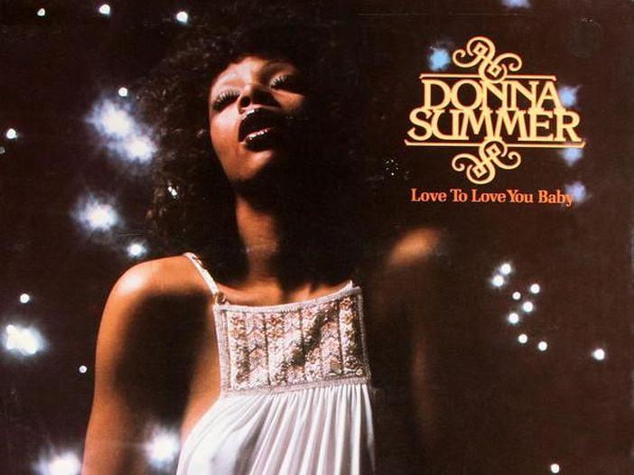 Donna Summer, affiora in Rete l'inedito 'La dolce vita': ascolta