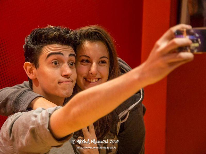 20 ottobre 2015 - La Feltrinelli - Genova - Michele Bravi firmacopie