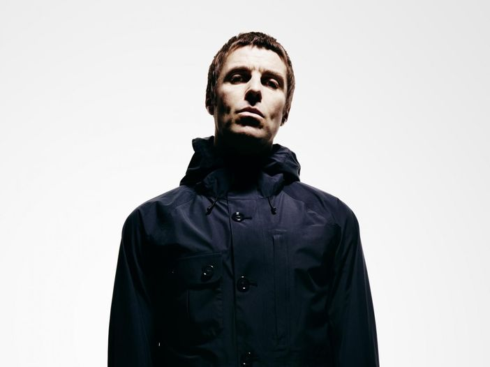 Sfida del secchio: Liam Gallagher nomina il fratello Noel - VIDEO