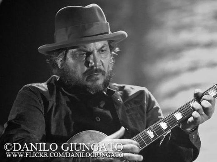 Wilco, l'ex Jay Bennett cita Jeff Tweedy per royalty non pagate