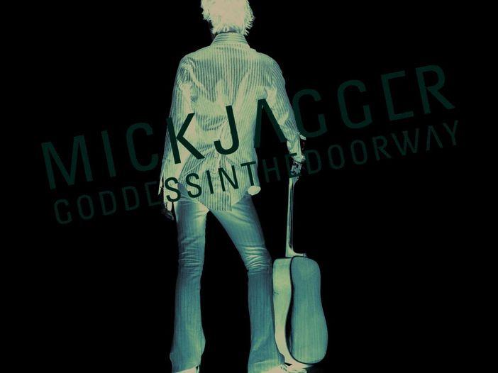 Mick Jagger si porta in albergo due donne - FOTO