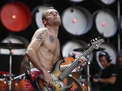 Flea dei Red Hot Chili Peppers verso l'autobiografia
