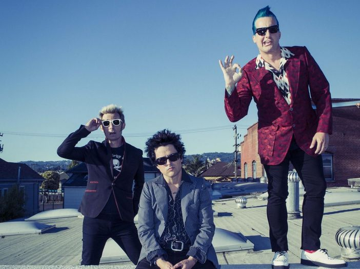I Green Day vendono i loro strumenti usati