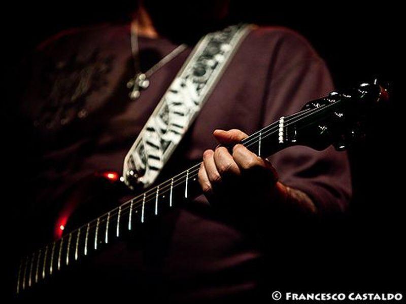 20 Febbraio 2011 - Magazzini Generali - Milano - Steve Lukather in concerto