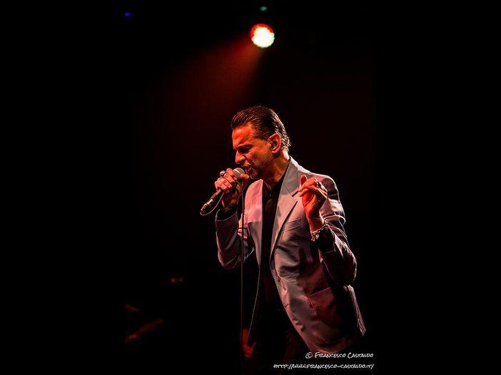 Dave Gahan (Depeche Mode): il nuovo album coi Soulsavers esce a ottobre. Poi una data a Milano a novembre - ASCOLTA