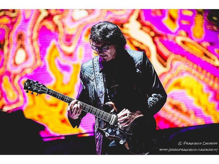 """Black Sabbath: Tony Iommi ha remixato l'album (poco riuscito) del 1995 """"Forbidden"""""""