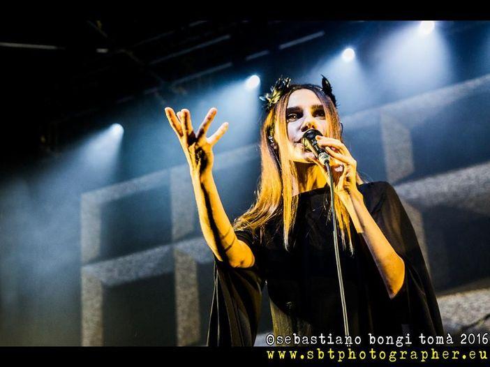 PJ Harvey a Milano: la recensione del concerto all'Alcatraz