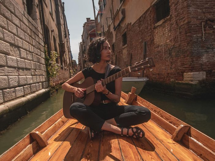 Indiemood sessions, Anthos nei canali di Venezia