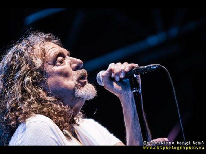 Di come Phil Collins aiutò la carriera solista di Robert Plant