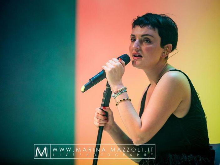 Concerti, Arisa: tour nei teatri a gennaio 2017