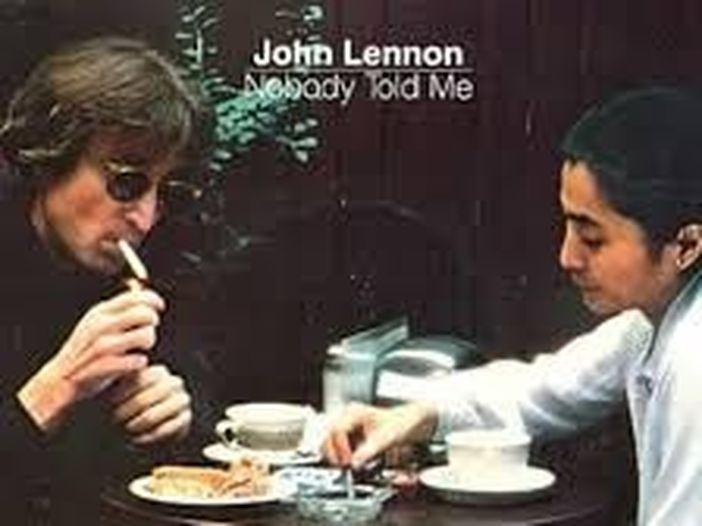 """John Lennon, quasi 40 anni dalla morte: la storia di """"Nobody told me"""""""