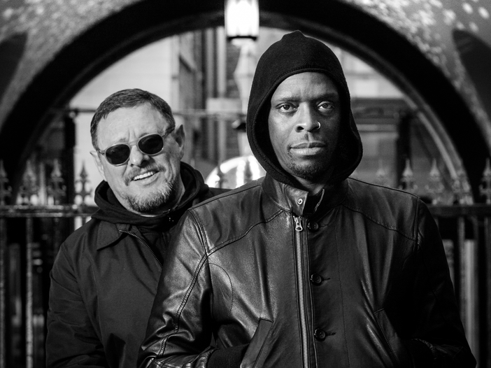 "Black Grape, esce (dopo 20 anni) ""Pop voodoo"". Ascolta il singolo ""Everything you know is wrong"""