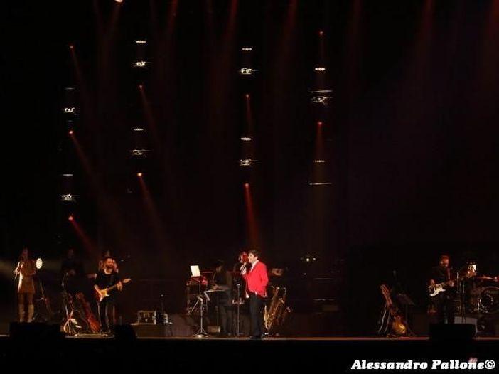 Gianni Morandi canta Ligabue: esce il nuovo singolo 'Dobbiamo fare luce', ecco gli autori dell'album