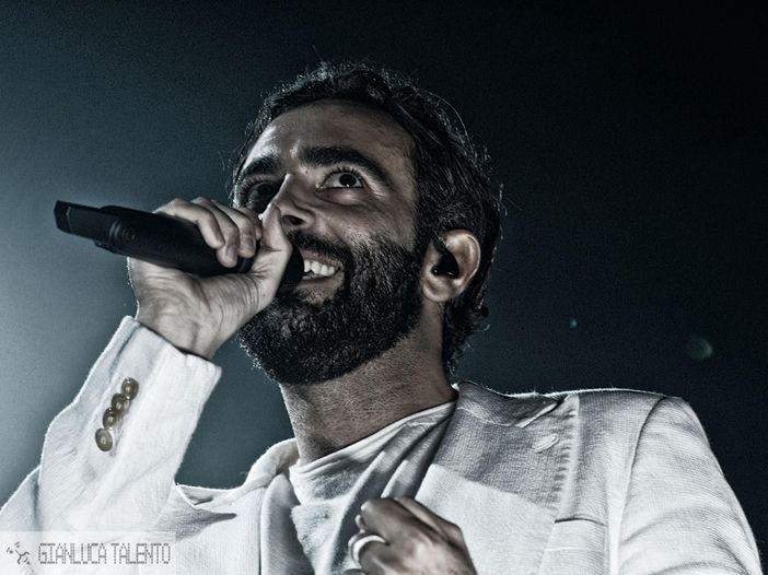 Marco Mengoni chiude il tour: guarda il video dell'ultimo concerto a Londra