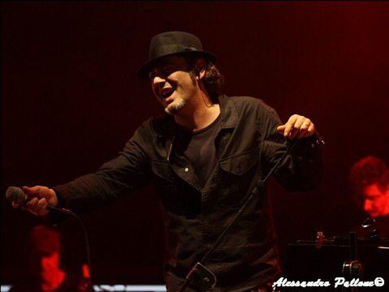 7 Marzo 2009 - PalaBrescia - Brescia - Luca Carboni in concerto