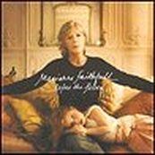 Marianne Faithfull - BEFORE THE POISON