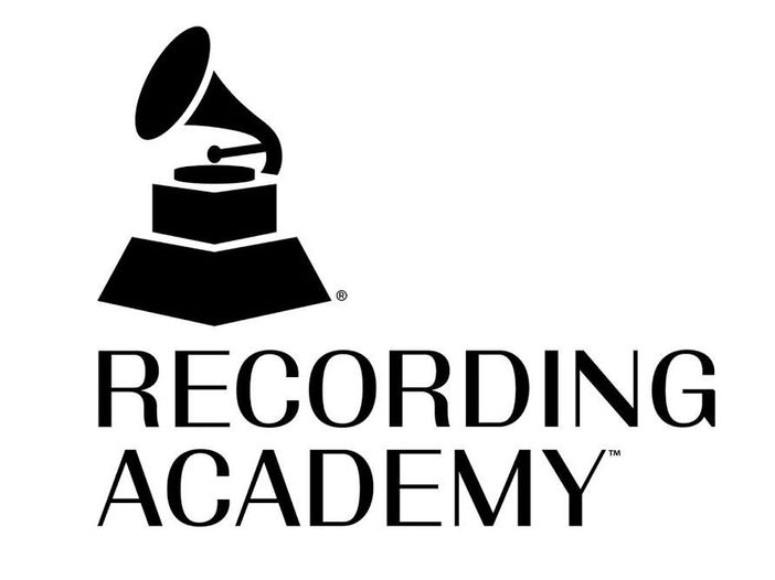 USA, l'appello degli autori alla Recording Academy: 'Via certe clausole dai nostri contratti'