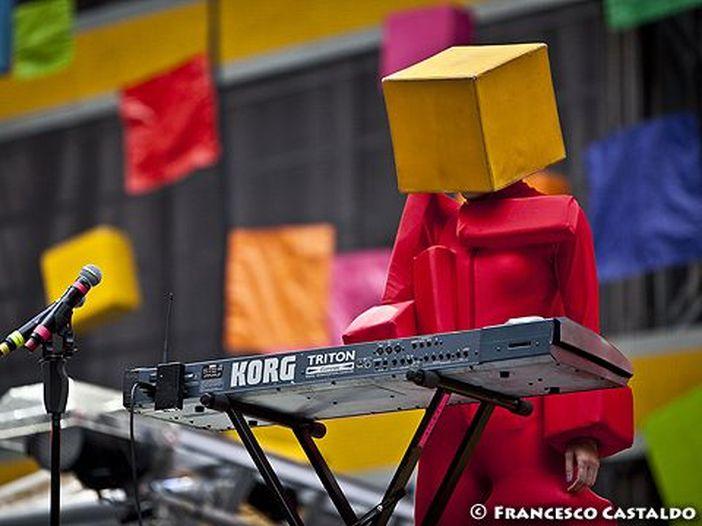 Pet Shop Boys, ascolta il nuovo singolo 'Monkey business'