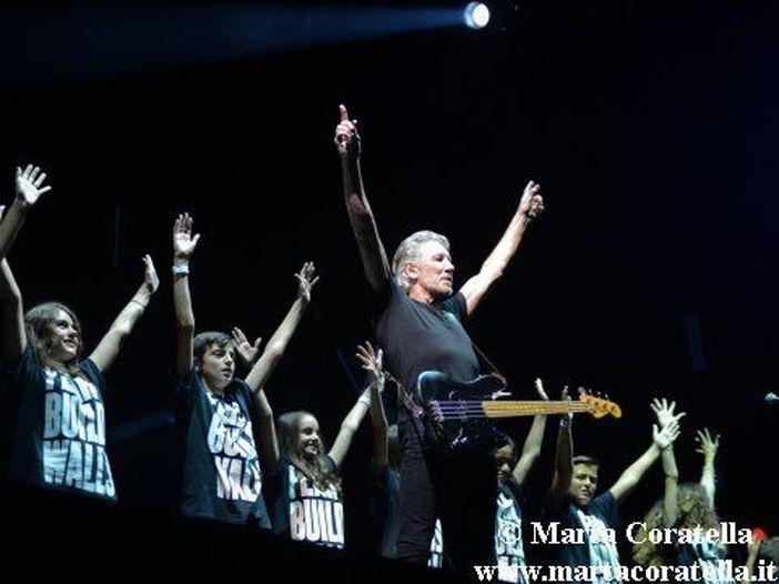Concerti, Roger Waters in Italia: triplicata la data a Bologna, in concerto anche il 22 aprile