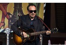 Elvis Costello, i mille vestiti musicali di un genio
