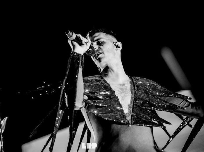 Sanremo 2021, Achille Lauro celebra il pop con Emma e Monica Guerritore
