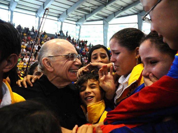 È morto José Abreu, il fondatore delle orchestre giovanili venezuelane 'El Sistema'