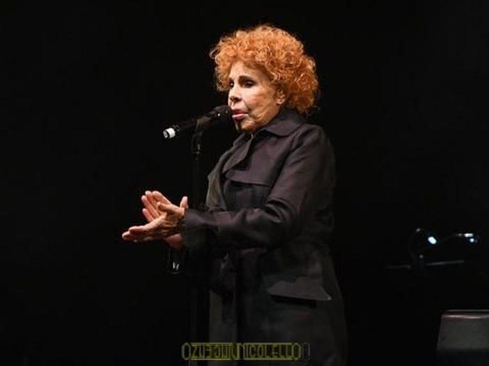 Ornella Vanoni in studio per un disco di inediti e un contratto con BMG