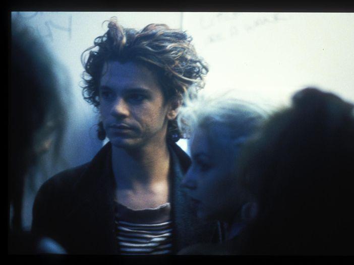 In preparazione un documentario su Michael Hutchence, il cantante degli INXS morto suicida nel 1997