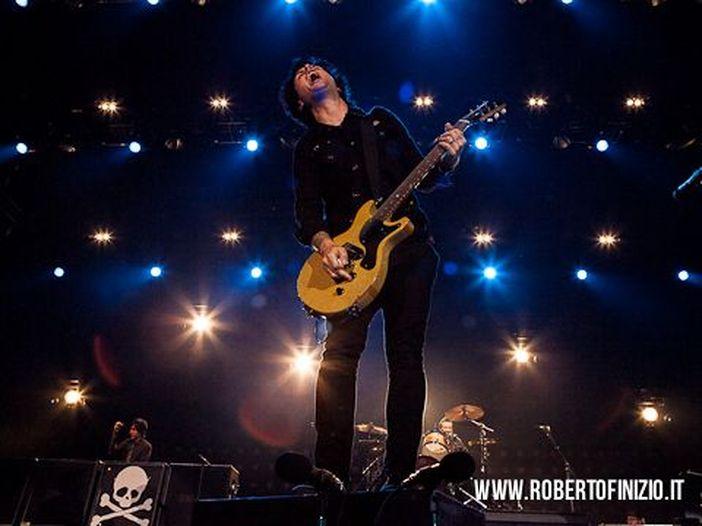 Green Day: Billie Joe Armstrong migliora, riparte il tour