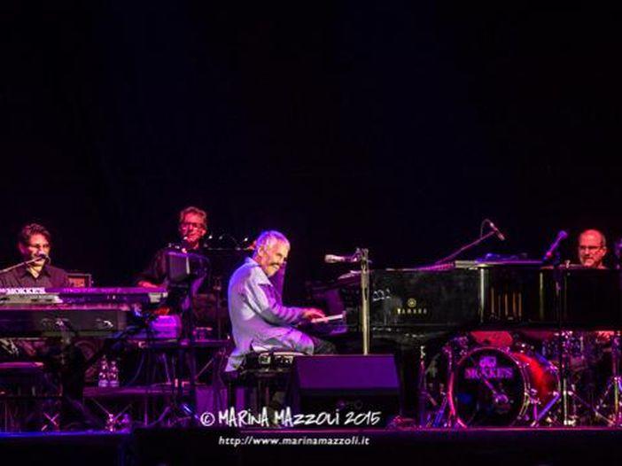 I 92 anni di Burt Bacharach: 10 canzoni memorabili con Dionne Warwick