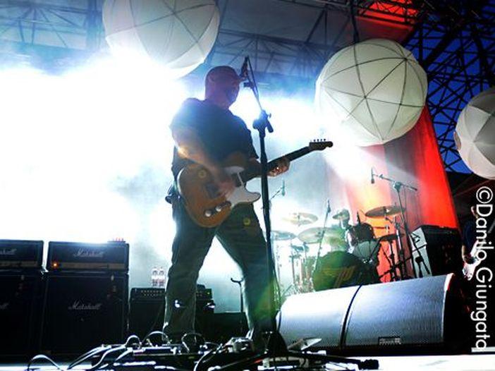 I Pixies pubblicano 'Bagboy' il primo inedito in nove anni. Ascolta