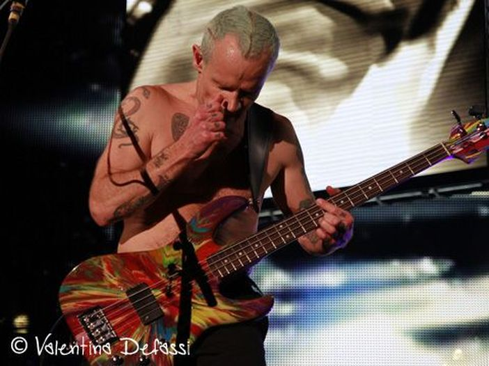 I Red Hot Chili Peppers al lavoro con Nigel Godrich (Radiohead) per ultimare il nuovo disco - FOTO