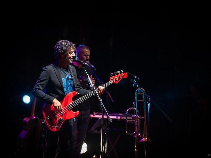 Max Gazzé torna alla EMI: nuovo contratto per due dischi con la Virgin