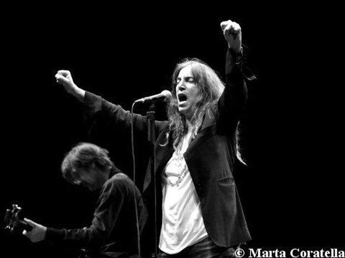 Concerti, Patti Smith: sei date con la band in Italia tra luglio e agosto