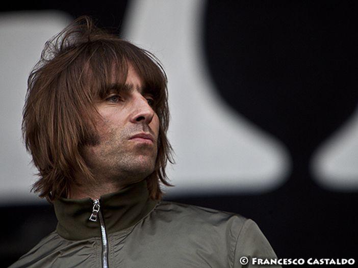 Beady Eye: al concerto Liam Gallagher mette al bando il fratello Noel?