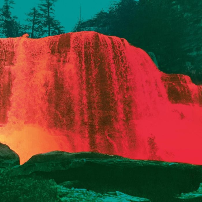 https://a6p8a2b3.stackpathcdn.com/iVw2gowI8341ORCVFMhPxP__3qI=/700x0/smart/rockol-img/img/foto/upload/my-morning-jacket-the-waterfall-ii-new-album-artwork-cover.jpg