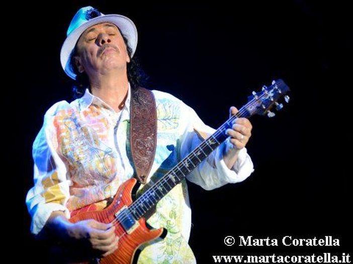 Las Vegas, Carlos Santana illeso dopo un incidente d'auto
