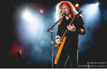 Dave Mustaine e la figlia eseguono la cover di 'Come together' dei Beatles: video