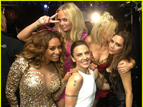 Reunion delle Spice Girls in alto mare, 'colpa di Geri e Victoria'