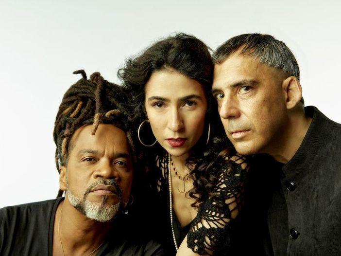 Tribalistas, il ritorno del trio composto da Marisa Monte, Carlinhos Brown e Arnaldo Antunes: a novembre due date in Italia