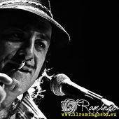 20 Novembre 2011 - The Cage Theatre - Livorno - Tonino Carotone in concerto